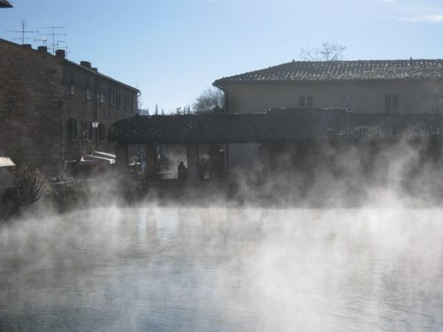 Bagno vignoni vapore acqueo andrea pagliantini - Bagno vignoni immagini ...