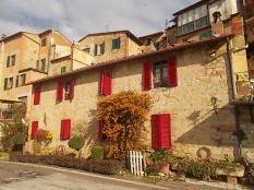 casa-dall-finestre-rosse-3