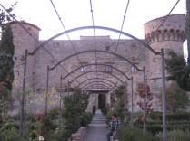 castello-di-meleto-in-chianti-8