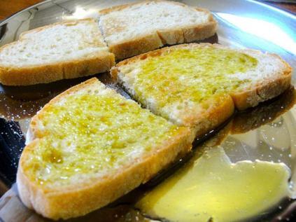 pane con l'olio