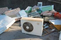 spazzatura posteggio montepescali grosseto (8)