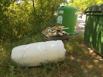 spazzatura su strada fraraddae gaiole in chianti (11)