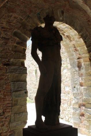 arezzo, mostra dell'angelo di ugo riva (1)