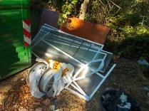 gaiole castelnuovo berardenga, spazzatura per le strade (4)