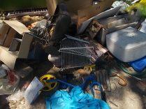 guistrigona rifiuti sulla strada (7)