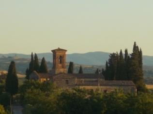rapolano, chiesa di san vittore e lampioni danneggiati (14)