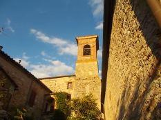 rapolano, chiesa di san vittore e lampioni danneggiati (3)