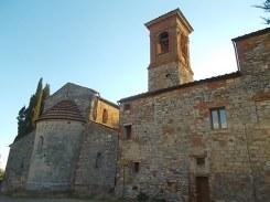 rapolano, chiesa di san vittore e lampioni danneggiati (7)