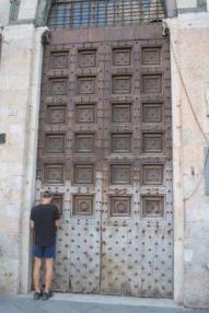 porta santa maria della scala siena (9)
