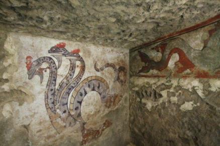 sarteano la tomba etrusca della quadriga infernale (4)