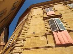 siena finestra piccola piazza postierla (4)