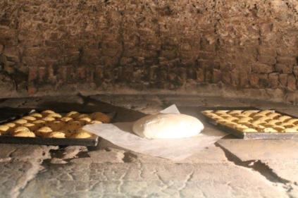 antico forno castiglion fiorentino ciaccia coi ciccioli e carmen (14)