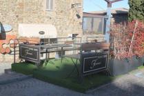 franci wine bar montalcino, erba di plastica (4)