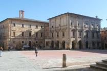 montepulciano e i vigili urbabi in motocicletta (1)