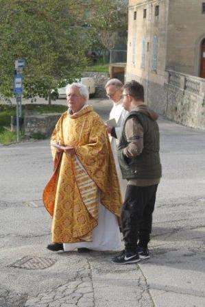 san gusmè, processione, benedizione automobili e frittelle (33)