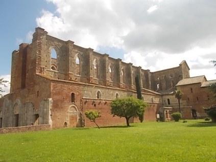 abbazia di san galgano (1)
