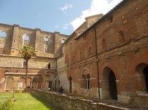 abbazia di san galgano (3)