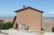mucigliani la casa che ottura il paesaggio (1)