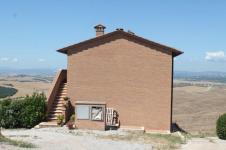mucigliani la casa che ottura il paesaggio (2)