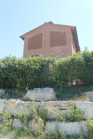 mucigliani la casa che ottura il paesaggio (3)