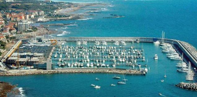 porto turistico rosignano