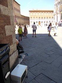 siena forno abbandonato in piazza del duomo foto di andrea pagliantini (6)