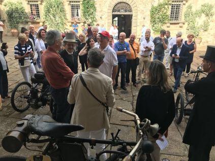 vertine e badia a coltibuono auto club e moto d'epoca siena e triciclo a motore primetti stucchi (6)