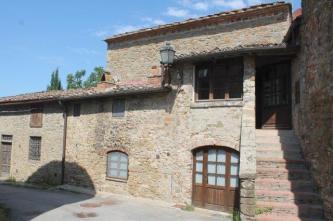 castello-di-volpaia-e-ortensie-9