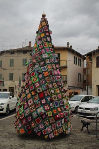 Albero Natale Uncinetto Bettolle 1 Andrea Pagliantini