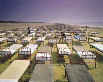 pink_floyd_-_a_momentary_lapse_of_reason