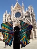 alberto inglesi donna in cammino mostra itinerante per le vie di siena (10)