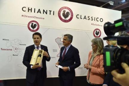 giuseppe conte stand consorzio vino chianti classico al vinitaly (3)