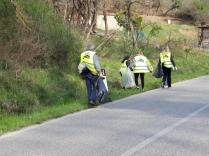 vignaioli radda pulizia strada dai rifiuti (10)