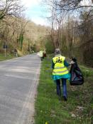 vignaioli radda pulizia strada dai rifiuti (4)