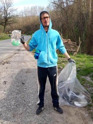 vignaioli radda pulizia strada dai rifiuti (7)