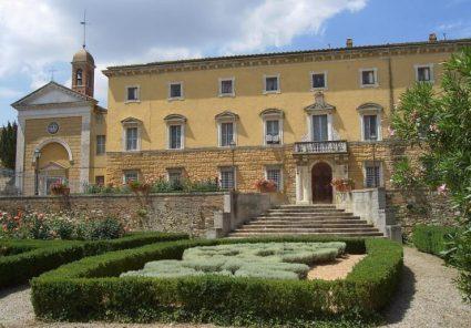 villa chigi castelnuovo berardenga