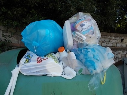 rifiuti berardenga villa chigi (7)