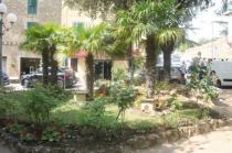 montalcino, tita, giardino, tavoli ristorante (2)