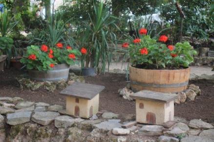 montalcino, tita, giardino, tavoli ristorante (25)