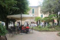 montalcino, tita, giardino, tavoli ristorante (29)