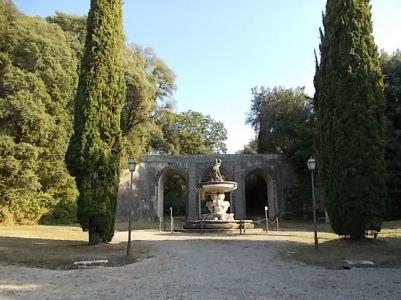 decespugliatore a villa chigi saracini (2)