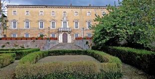 taglio erba villa chigi castelnuovo berardenga (9)