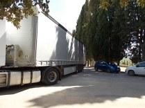 vertine, camion, macchine, parcheggio (2)