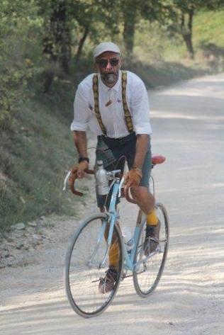l'eroica 2019 i partecipanti sulle strade bianche del chianti (106)