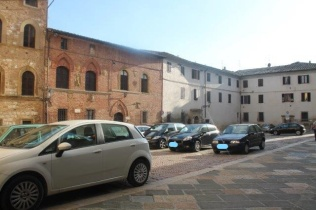 colle val d'elsa auto in piazza duomo (12)
