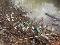 scempio rifiuti torrente malena (7)