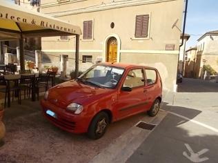 berardenga fiat seicento piazza marconi (3)