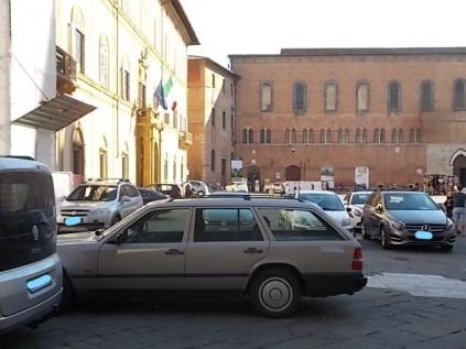 siena parcheggio piazza jacopo della quercia (13)