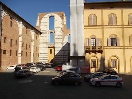 siena parcheggio piazza jacopo della quercia (2)