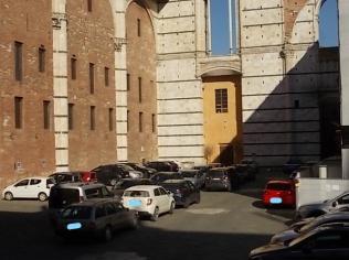 siena parcheggio piazza jacopo della quercia (6)